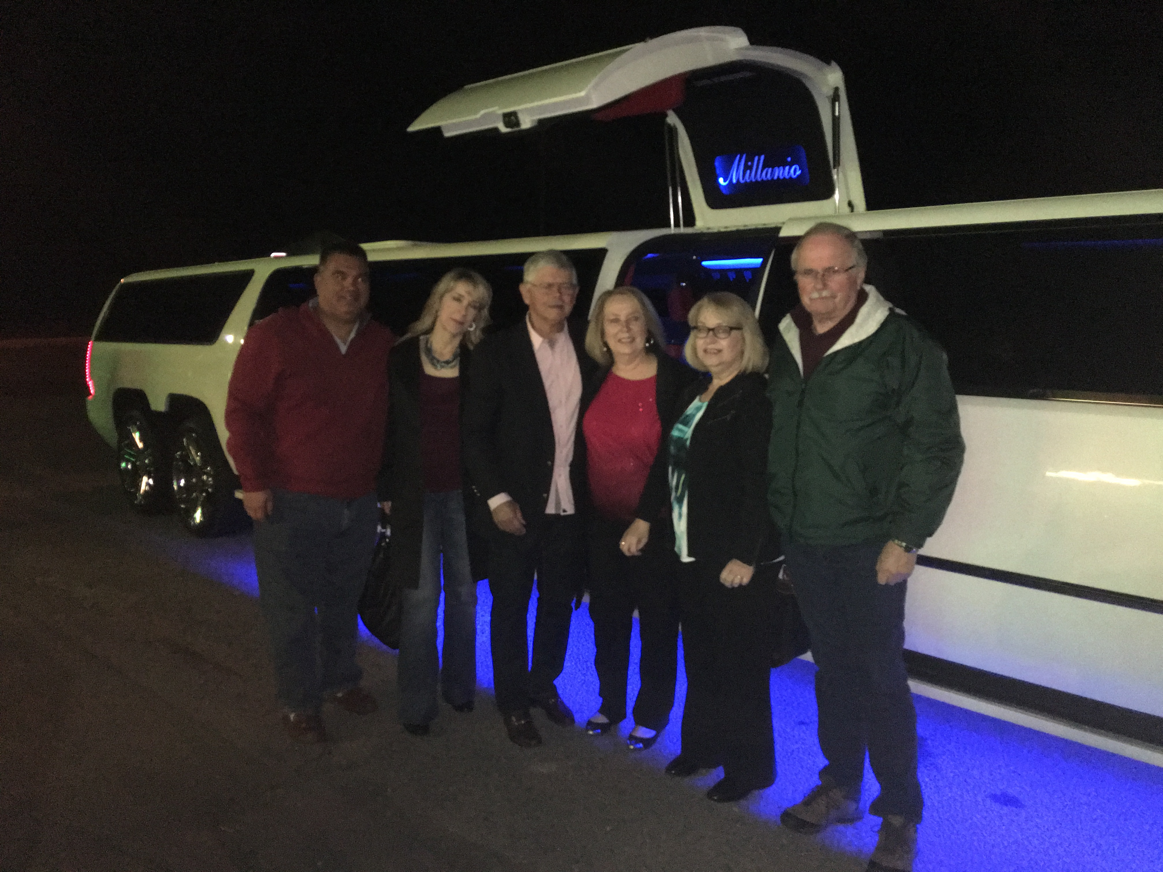 Prestige Limousine Services - Nights out on the town pic7